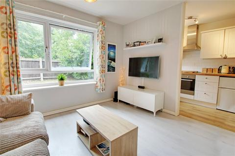 1 bedroom apartment for sale - Wellingtonia House, Church Road, Addlestone, Surrey, KT15