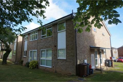2 bedroom maisonette to rent - Hampton Close, Stevenage