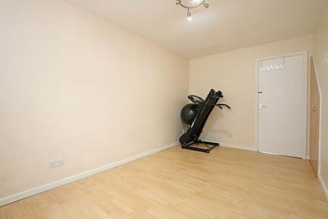 Mixed use to rent - Abbey Way, Bradville, Milton Keynes