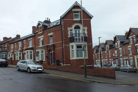1 bedroom flat for sale - Flat 2 , St. Saviours Road, Leicester