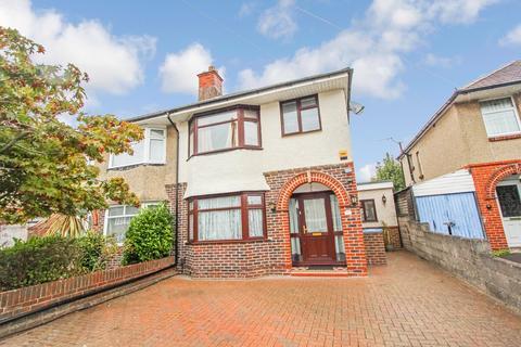 3 bedroom semi-detached house for sale - Westbury Road, Regents Park, Southampton, SO15