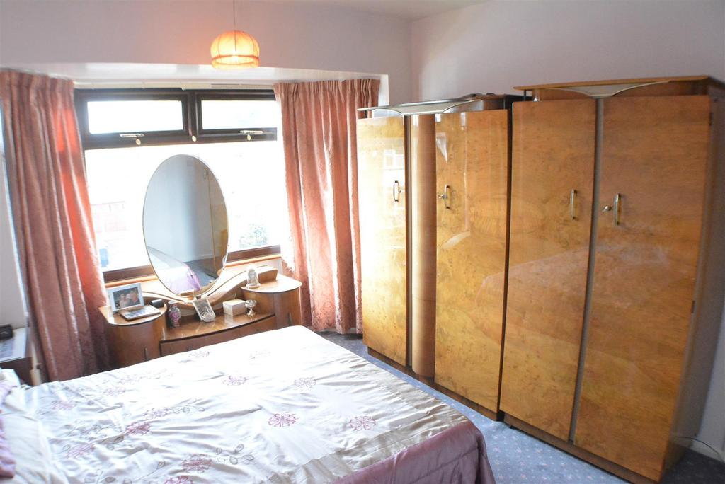Bedroom No. 1 Second Picture