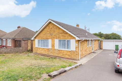 2 bedroom detached bungalow for sale - Downs Road, East Studdal, Dover