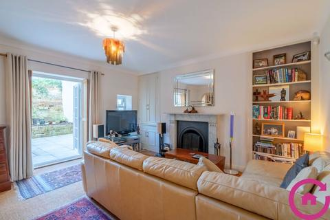 2 bedroom apartment for sale - Pittville Lawn, Cheltenham
