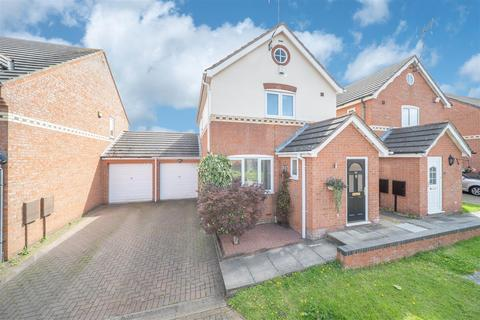 3 bedroom detached house for sale - Lyndale Close, Whoberley, Coventry