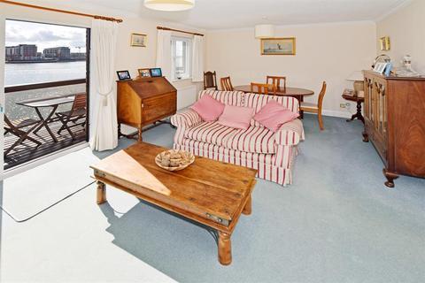 4 bedroom townhouse for sale - Channel Way, Ocean Village, Southampton, SO14 3GP
