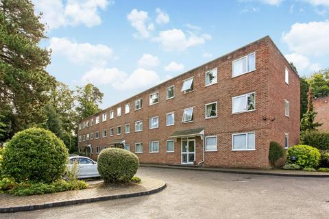 2 bedroom flat to rent - St Andrews Court, Sunninghill