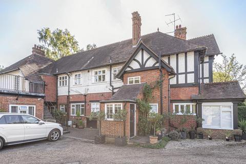 2 bedroom flat for sale - Westerfolds House, Sandy Lane, GU22