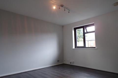 2 bedroom flat for sale - luton, lu3