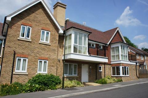 2 bedroom apartment to rent - Stone Court,Worth,West Sussex
