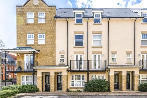 4 bedroom terraced house for sale - Renwick Drive, Bromley