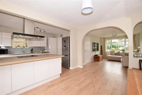 3 bedroom semi-detached house for sale - Heatherwood Close, Kingswood, Maidstone, Kent