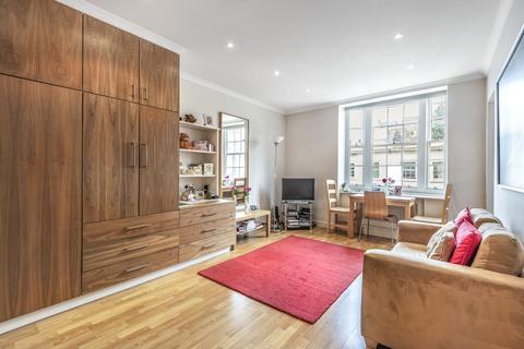 Studio to rent - Princess Court, Queensway, W2