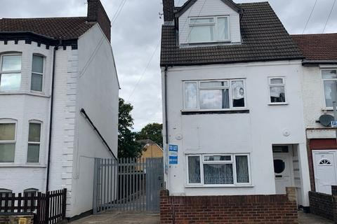 1 bedroom flat to rent - Clarendon Road , Luton  LU2
