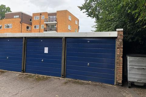 Garage to rent - September Way, Stanmore, Greater London. HA7 2SF