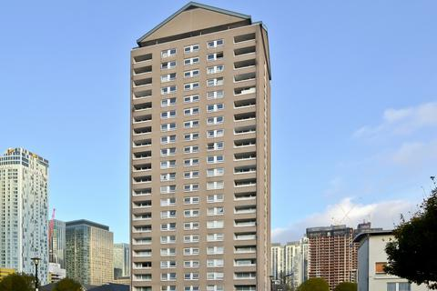 3 bedroom flat for sale - Topmast Point, Canary Wharf E14