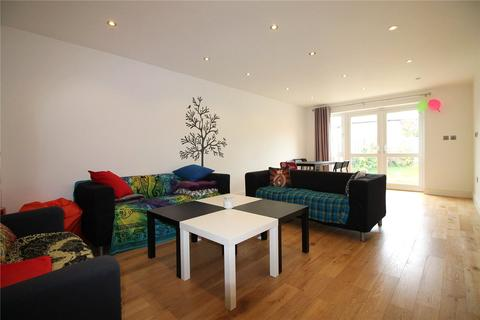 3 bedroom end of terrace house to rent - Newtown Road, Denham, Uxbridge, UB9