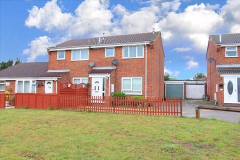 3 bedroom semi-detached house for sale - Kingfisher Close, Longridge Park, Colchester