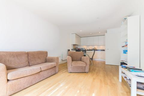 2 bedroom apartment to rent - West Carriage House, Royal Carriage Mews, Royal Arsenal, Woolwich, London, SE18