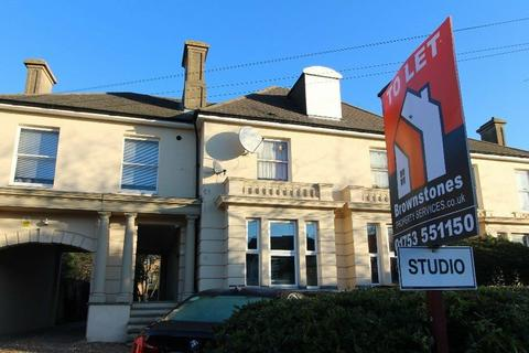 Studio to rent - Sussex Place, Slough SL1