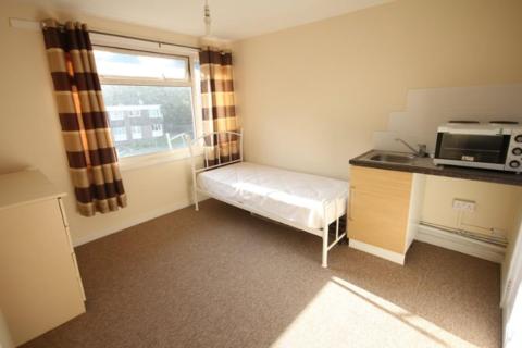 Property to rent - Norton Close, Smethwick B66