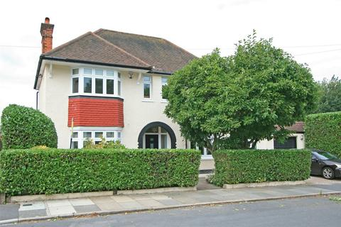 3 bedroom detached house for sale - Minster Road, Sundridge Park, Bromley, Kent