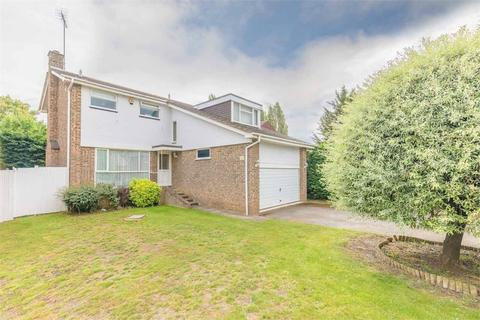 4 bedroom detached house for sale - Beaulieu Close, Datchet, Berkshire