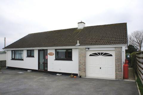 3 bedroom detached bungalow to rent - Shortlanesend