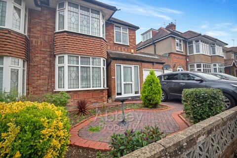 3 bedroom semi-detached house to rent - Marston Gardens - Wardown Park Area - LU2 7DU