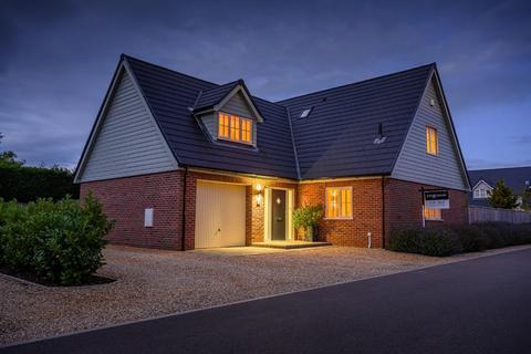 4 bedroom detached house for sale - Golden Pheasant Drive, Snettisham