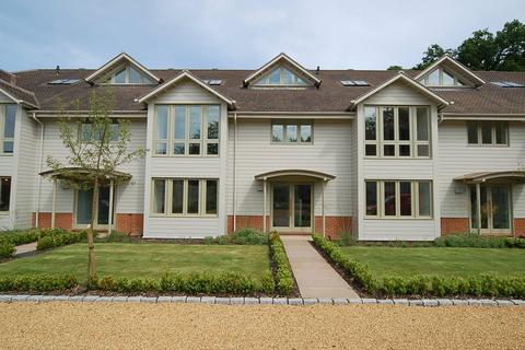 2 bedroom apartment for sale - South Courtyard, Herringswell, Bury St. Edmunds, Suffolk, IP28