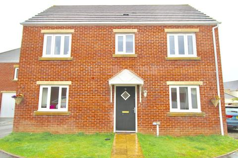 3 bedroom detached house to rent - Hawkins Way, Helston