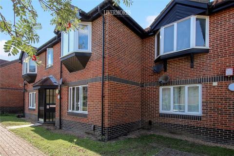 1 bedroom apartment for sale - Heathlee Road, Crayford