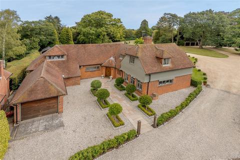 4 bedroom detached house for sale - Beggar Hill, Fryerning, Ingatestone, Essex, CM4