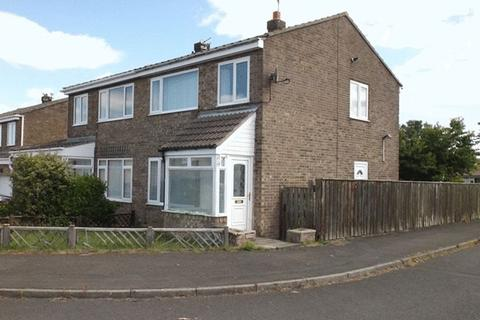 3 bedroom semi-detached house to rent - Chevington Close, Pegswood, Morpeth - Three Bedroom Semi Detached House
