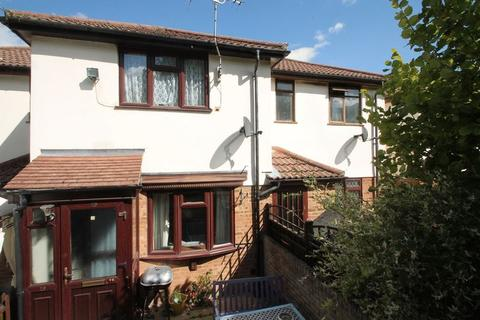 1 bedroom terraced house to rent - Eaton Avenue, High Wycombe