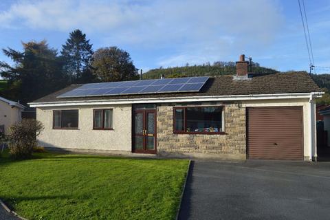3 bedroom bungalow to rent - Carmarthen, Bronwydd