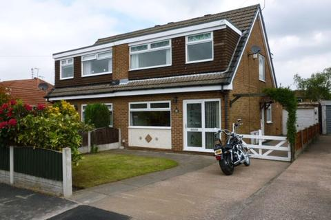 3 bedroom semi-detached house to rent - Bankfield Road, Sale, M33 5QD