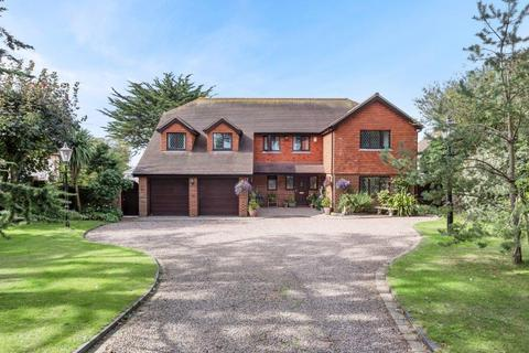 5 bedroom detached house for sale - Firle Road, Seaford