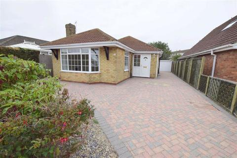 2 bedroom bungalow for sale - Cumberland Road, Cleethorpes, North East Lincolnshire