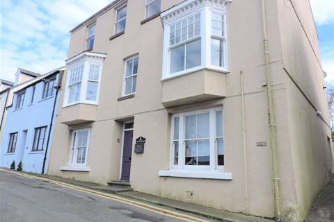 2 bedroom flat for sale - Tower Hill, Fishguard