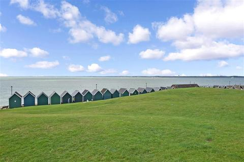 3 bedroom detached house for sale - Lower Church Road, Gurnard, Cowes, Isle of Wight