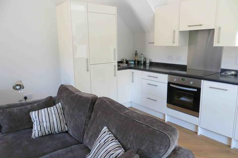1 bedroom flat share to rent - TAPLOW, HUNTS LANE