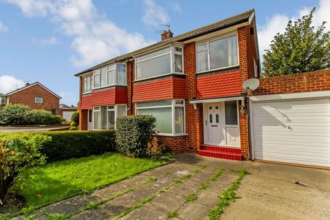 4 bedroom semi-detached house to rent - Redesdale Avenue, Gosforth, Newcastle upon Tyne, Tyne and Wear, NE3 3PP