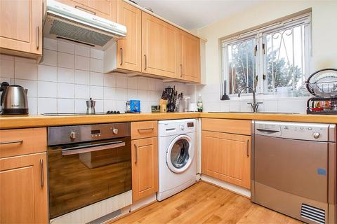 4 bedroom detached house to rent - Keats Close, London, SE1