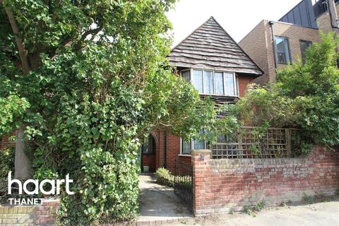 5 bedroom semi-detached house for sale - Carlton Avenue, Broadstairs, CT10