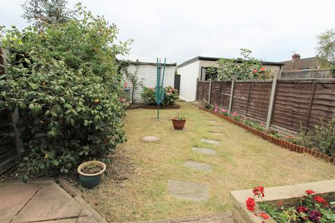 2 bedroom house to rent - Shirley Grove, London, N9