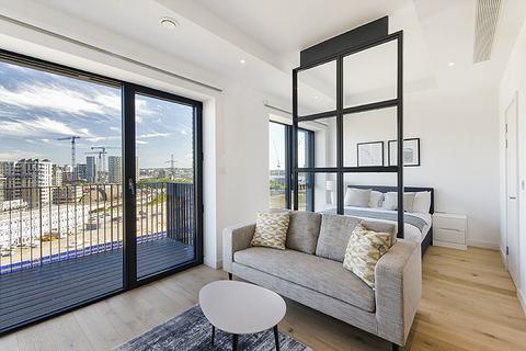 Studio to rent - Echo House, City Island Way, Poplar, London, E14