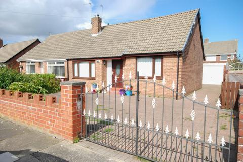 3 bedroom semi-detached house for sale - Windsor Drive, Cleadon