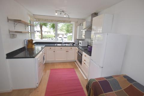 5 bedroom maisonette to rent - Ericcson Close, London SW15